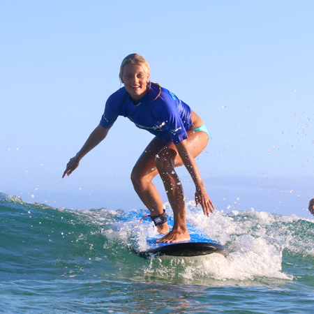 Learn to Surf with a 5 surf lesson course with Lets Go Surfing surf school Byron Bay.